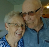 Couple celebrates 72 years of marriage