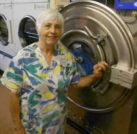 Amherstview woman puts heart and soul into laundry